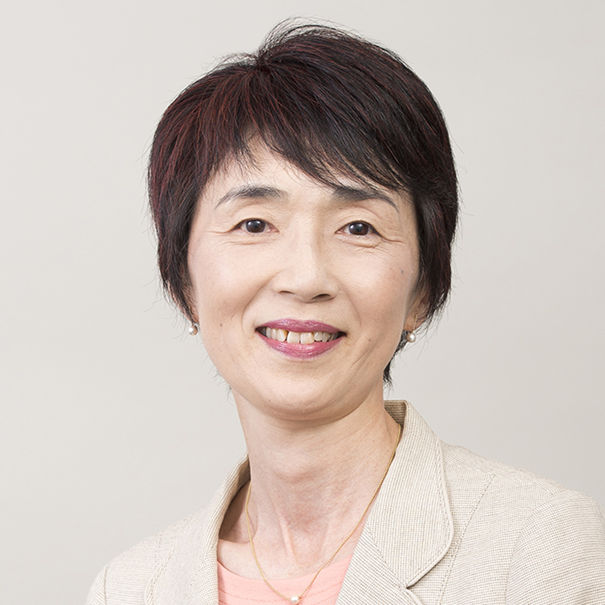主任研究員 三ツ橋 明子 Akiko Mitsuhashi
